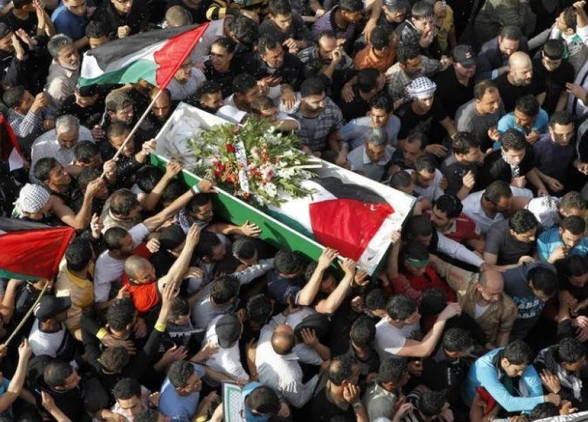 أسرى فلسطين: الحركة الأسيرة قدمت 102 شهيداً منذ انتفاضة الأقصى