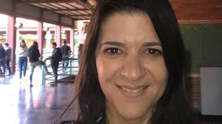 المدرّسة الأرجنتينية باولا دى سيمون (وسائل التواصل الاجتماعي).