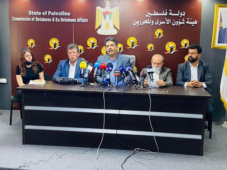 رئيس هيئة الأسرى: المجتمع الدولي شريك في جرائم إسرائيل بحق المعتقلين، عبر صمته وبياناته الخجولة