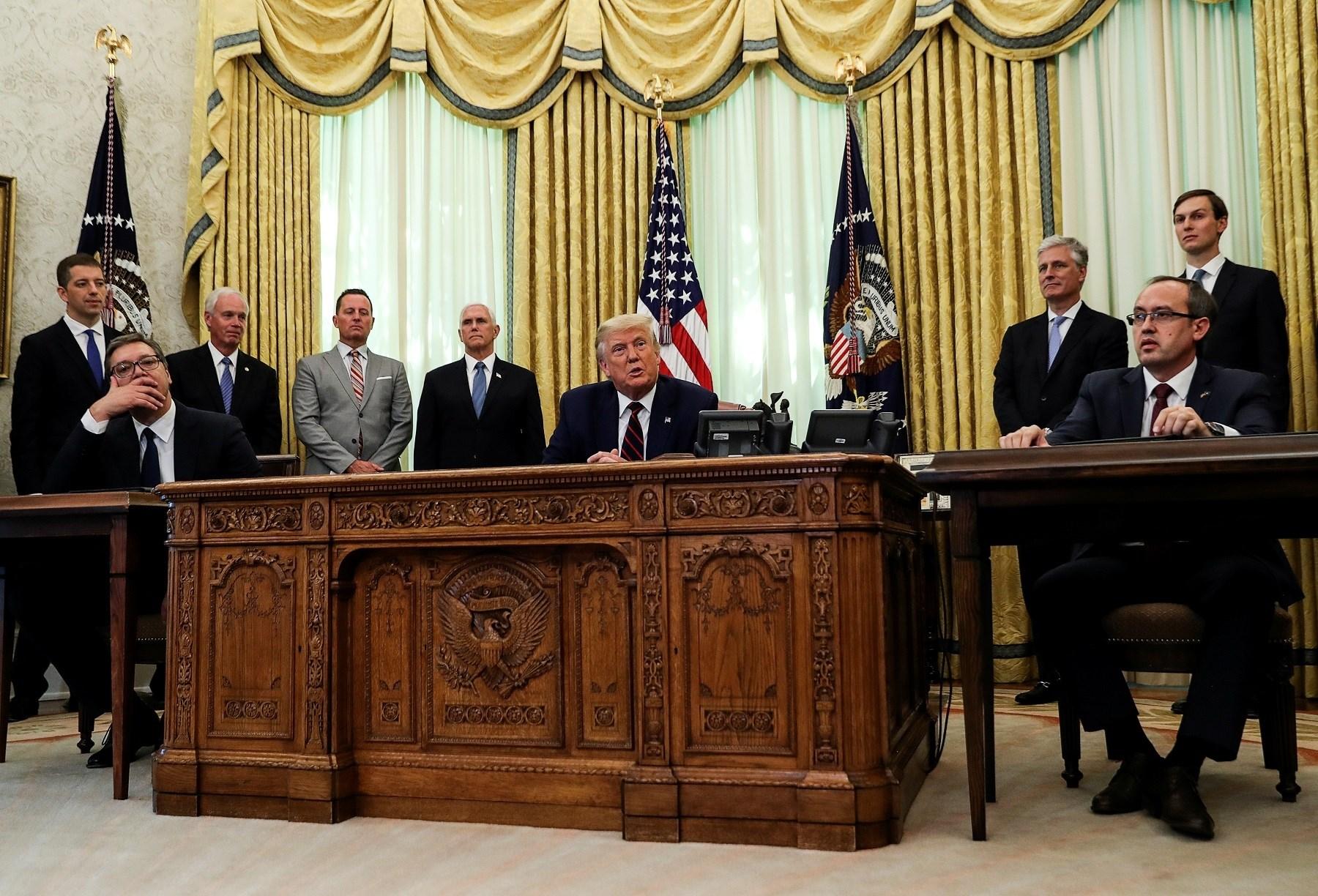 تثير قضية إذلال الرئيس الصربي في واشنطن مسألة استخدام الإذلال كوسيلة في السياسة الخارجية