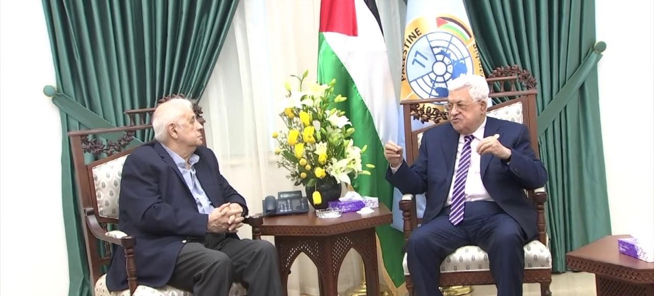 الرئيس الفلسطيني يبحث مواعيد الانتخابات مع حنا ناصر