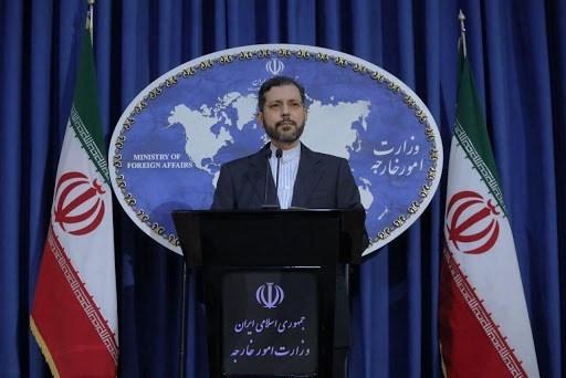 إيران: في اليوم الذي ستعود فيه أوروبا وأميركا للوفاء بالتزاماتهما سنعود إلى الالتزام بتعهداتنا في الاتفاق النووي.