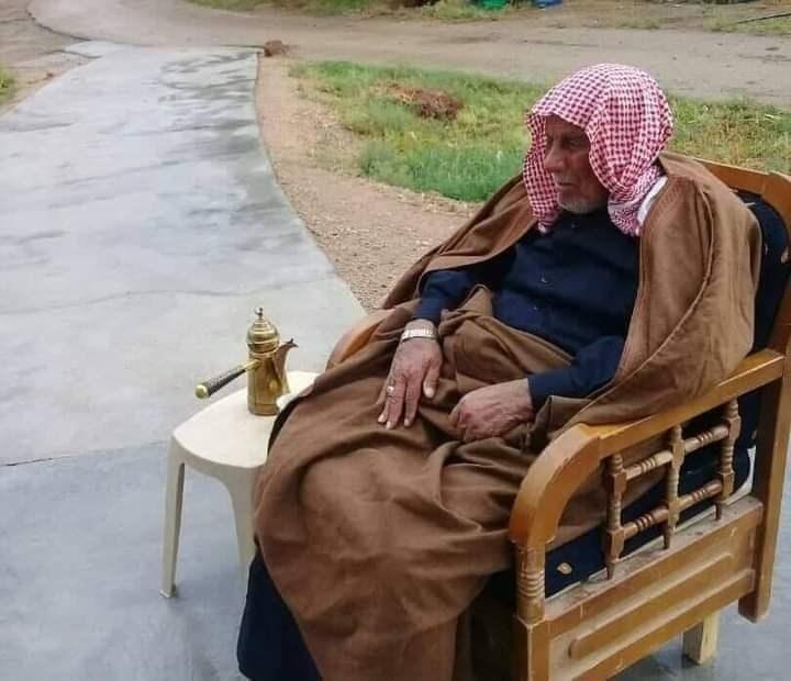 اغتيال الشيخ أطليوش وصورة لتشييعه وصورة للاحتاجات بالأرياف