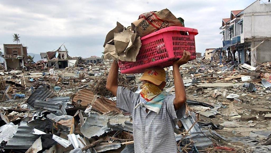 زلزال يضرب إندونيسيا في الخامس عشر من كانون الثاني/يناير 2021