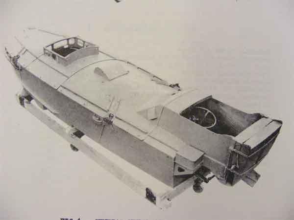 التجربة الأولى لهذا النوع من الزوارق الانتحارية كانت أواخر آذار/مارس 1941