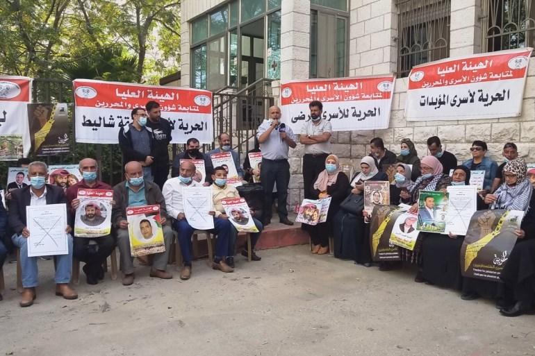 عدد الإصابات بوباء كورونا وصل إلى أكثر من (290) إصابة في سجون الاحتلال