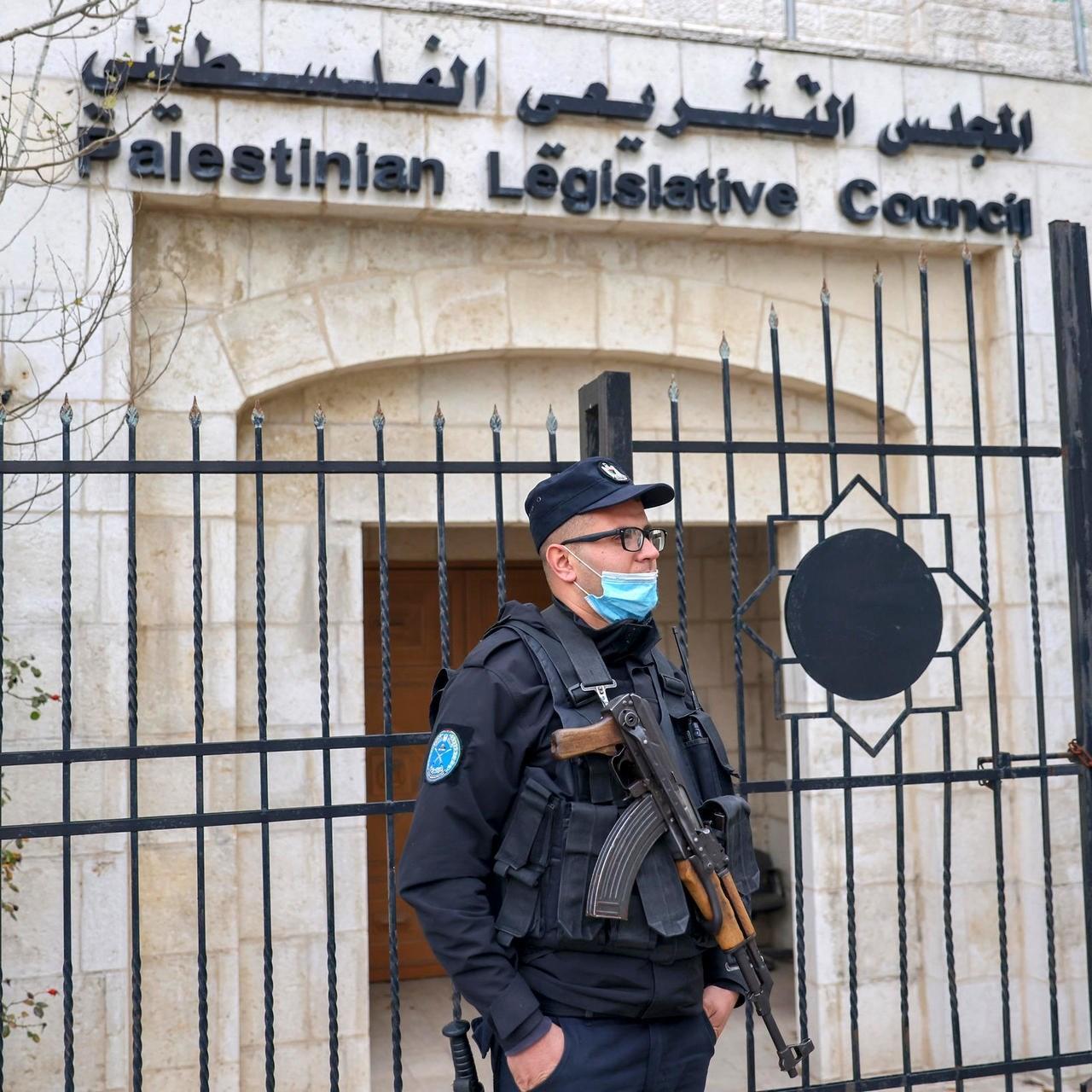 إنهاء الانقسام الفلسطيني كان يجب أن يسبق الانتخابات