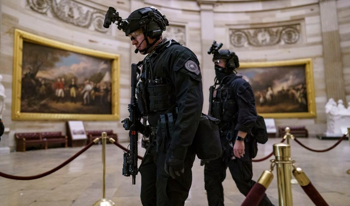 الشرطة الفدرالية الأميركية تواصل تحقيقاتها حول اقتحام مبنى الكونغرس