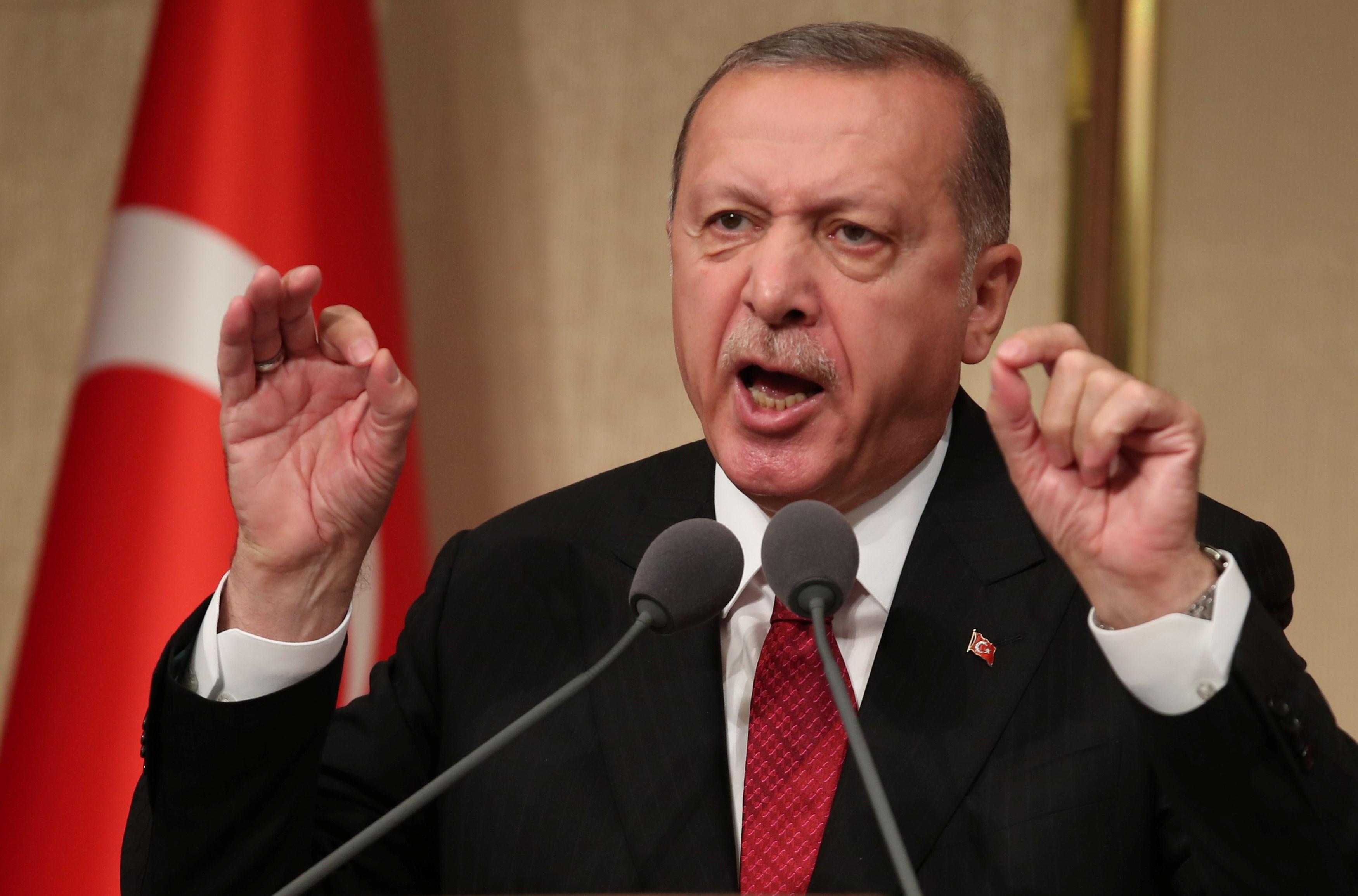 إردوغان يهدد بعملية عسكرية في سنجار شمال العراق