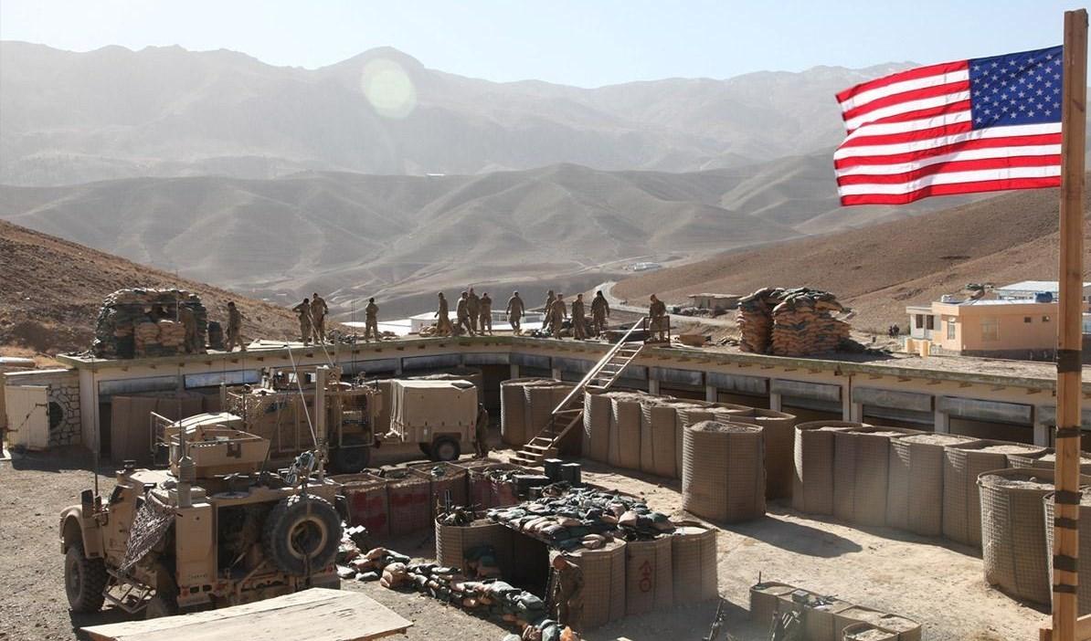 انطلاقاً من القواعد الأميركية .. داعش يهاجم الجيش السوري في ديرالزور مجدداً