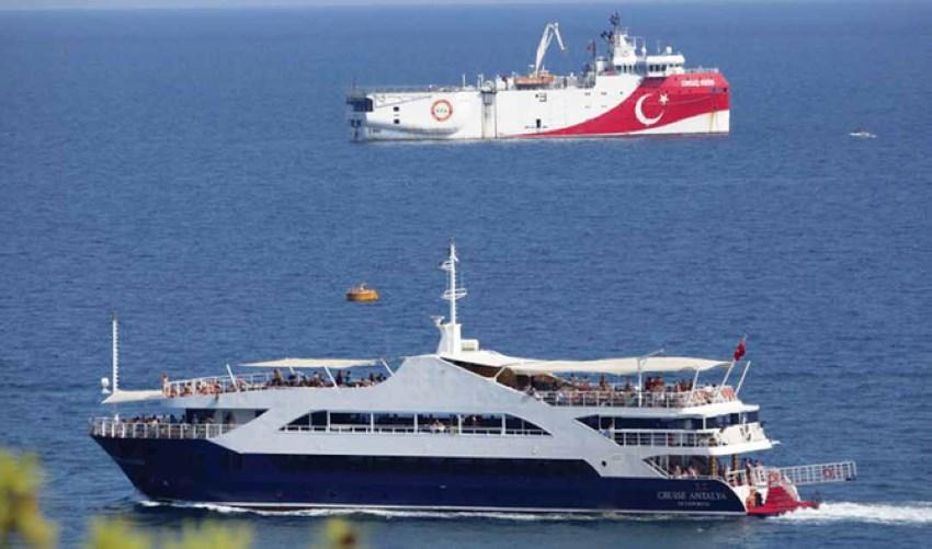 تعثرت خطط استئناف المحادثات العام الماضي بسبب إرسال تركيا سفينة تنقيب في منطقة مياه متنازع عليها في شرق المتوسط