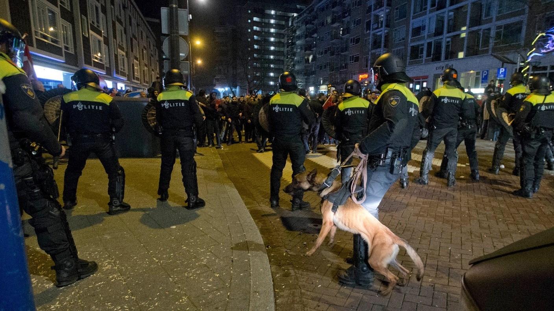 العنف في هولندا: