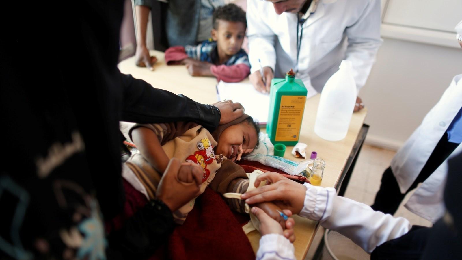 حكومة صنعاء: قرار التصنيف الأميركي سيساهم في تأزيم الوضع الإنساني في اليمن