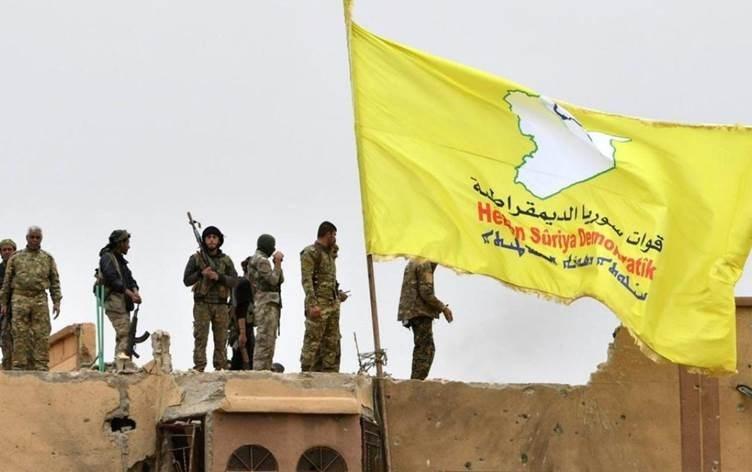 عناصر من قوات سوريا الديموقراطية (صورة أرشيفية).
