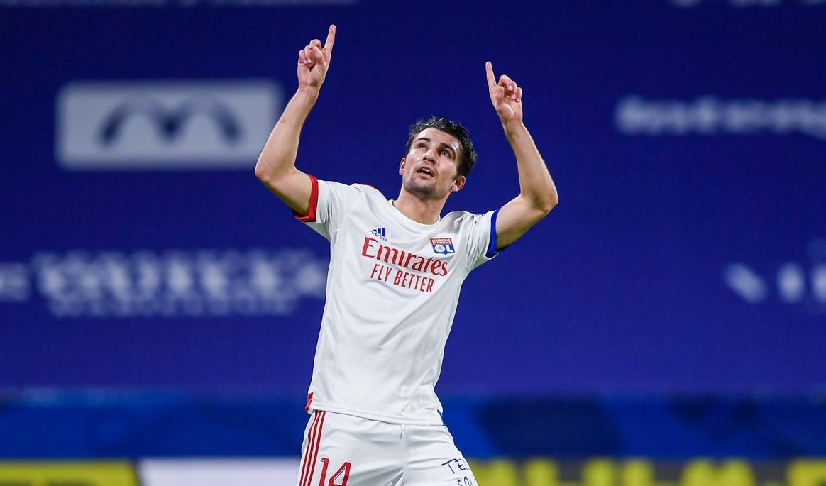 الدوري الفرنسي: ليون يتصدر مؤقتاً