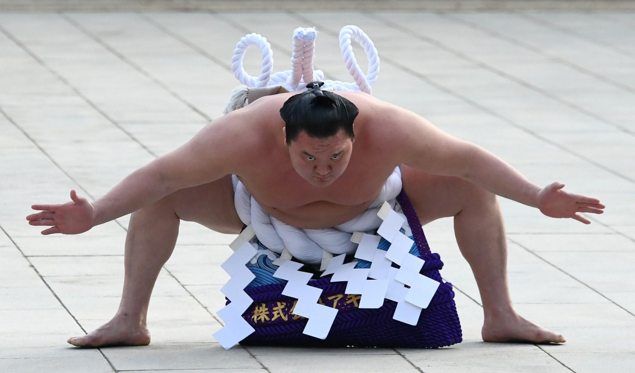 إصابة أشهر مصارع سومو بفيروس كورونا!
