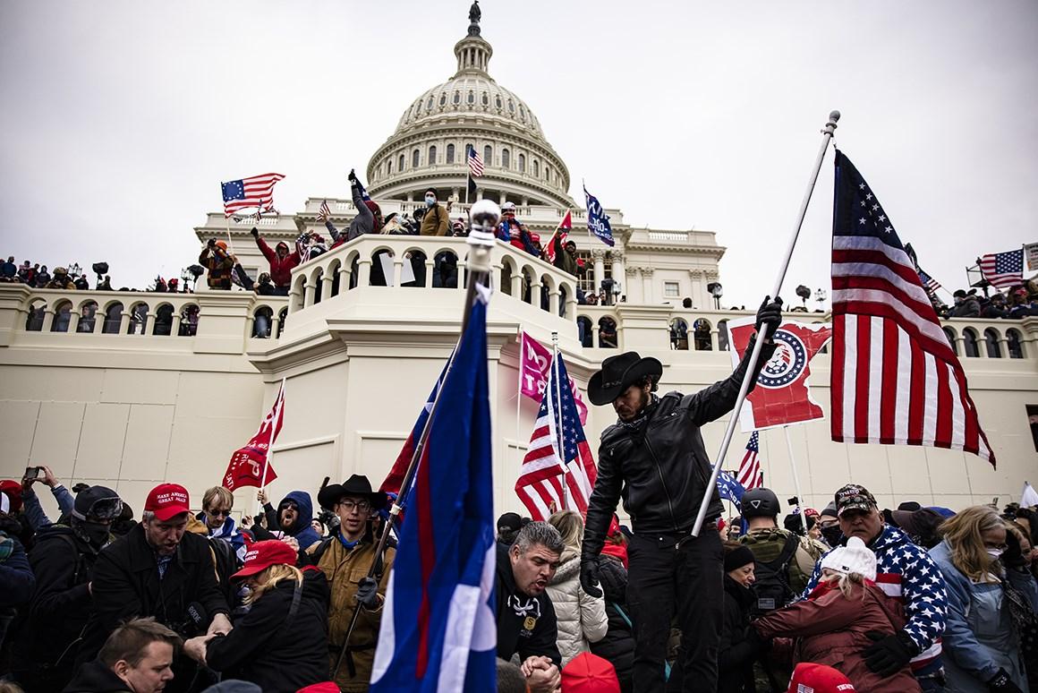 بعد حادثة الكونغرس  هل بدأ العد العكسي لانهيار الولايات المتحدة ؟