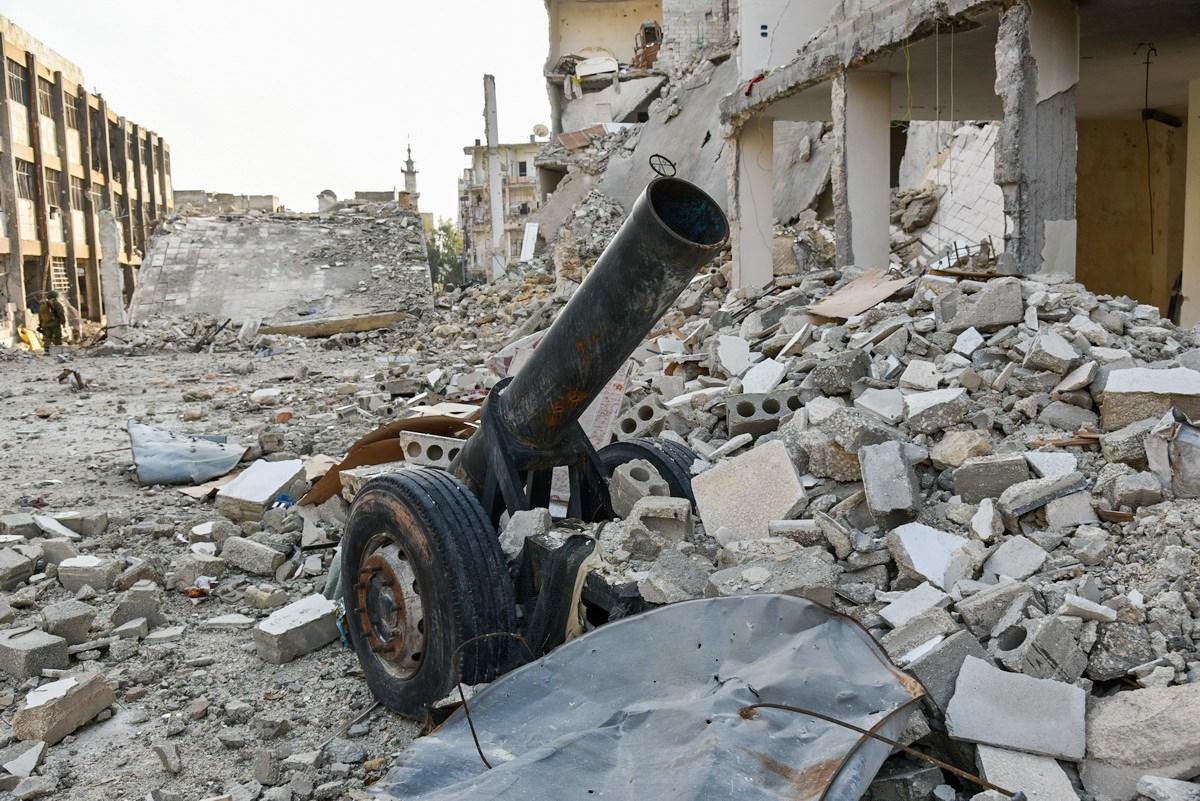 في شوارع حلب، بدت الحياة مختلفة. كل شيء مختلف عما كان عليه قبل الحرب