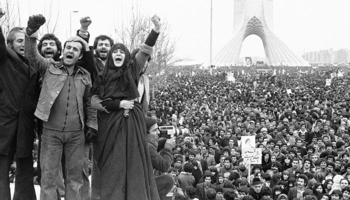 ثورة الشّاه البيضاء وأحداث العام 1963 في إيران