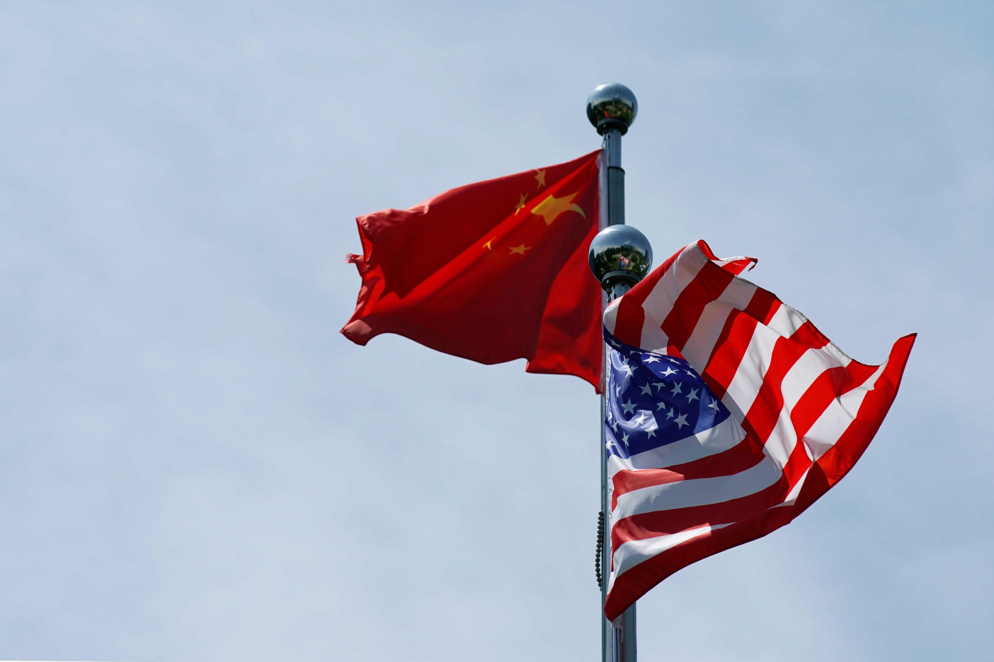 عندما لا تواجه الولايات المتحدة بفعالية التحديات التي تفرضها الصين الجديدة، سيكون عليها تعزيز قدرتها التنافسية للهدف ذاته