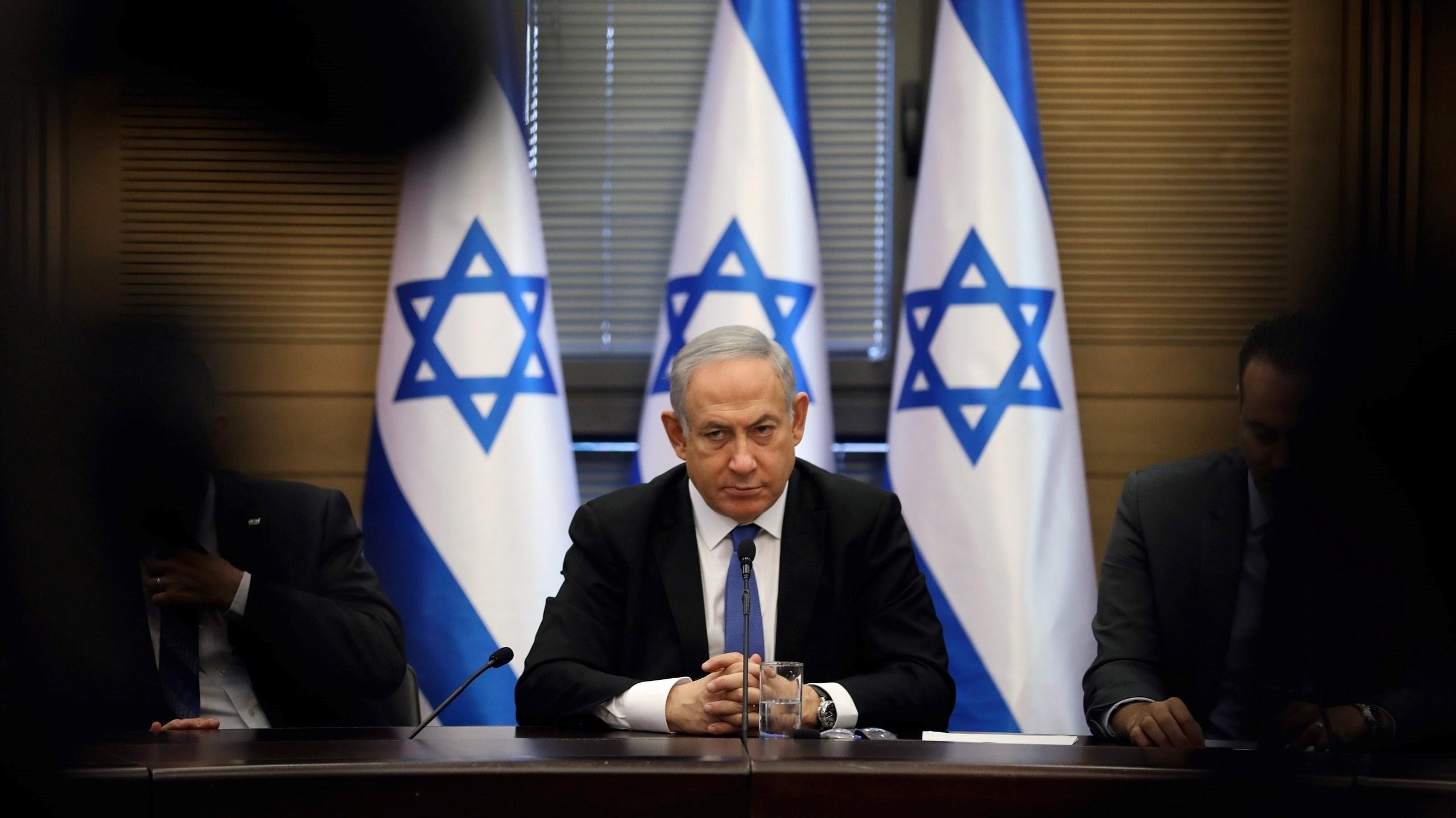 وسائل إعلام إسرائيلية: قرار المحكمة يمكن أن يضع مسؤولين إسرائيليين كبار في مواجهة إجراءات جنائية وحتى أوامر اعتقال