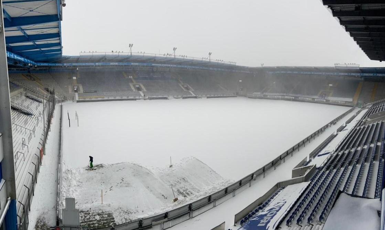 الثلوج في ملعب بيليفيلد