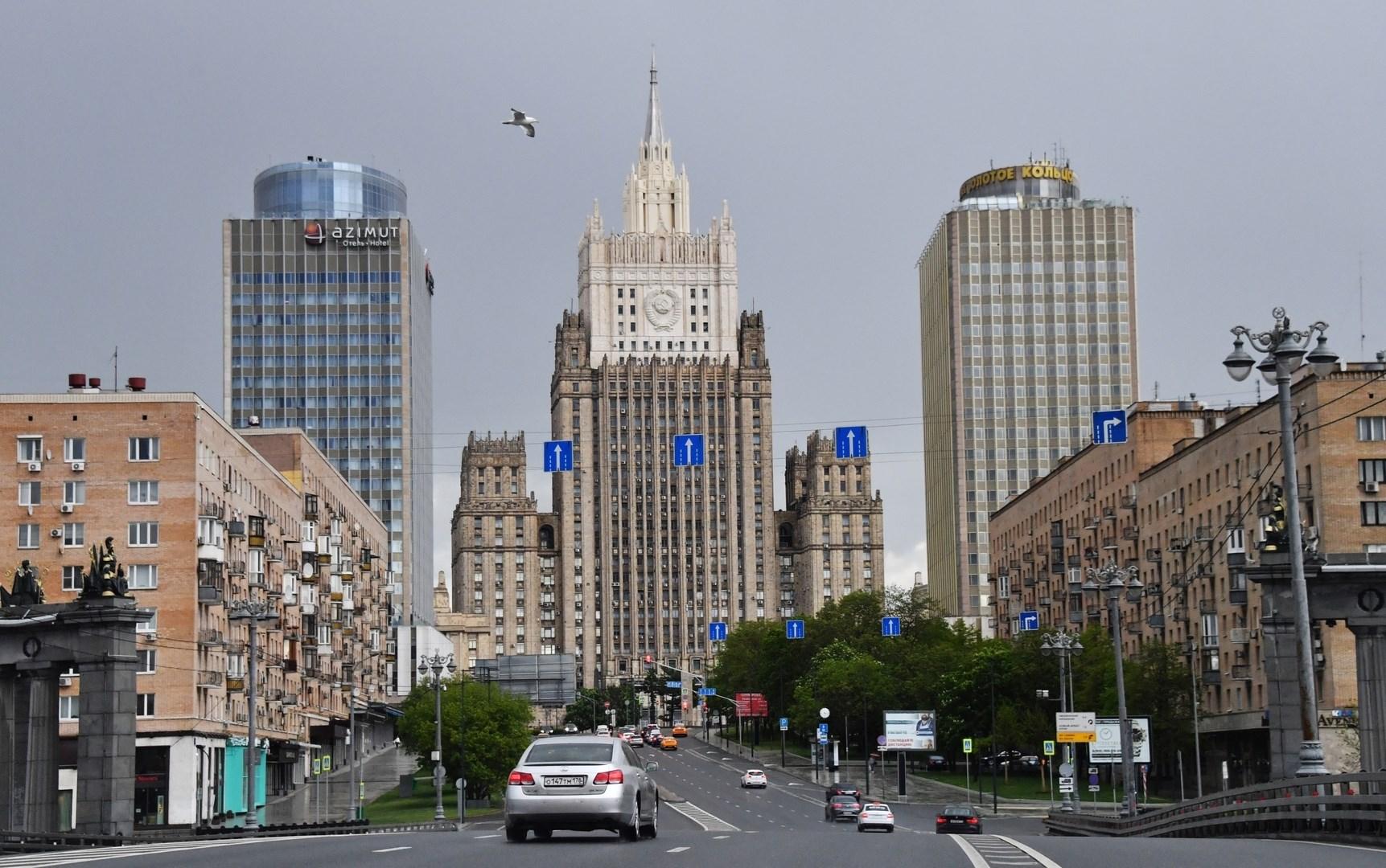 موسكو: تصريحات جوزيب بوريل بعد وصوله إلى بروكسل تتناقض مع تصريحاته في روسيا