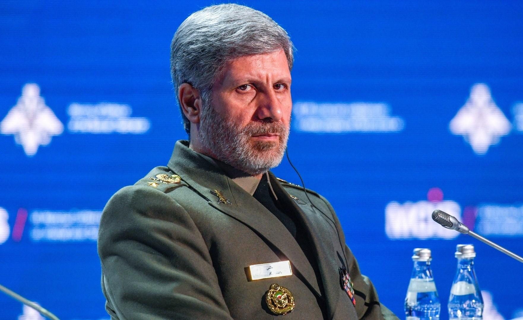 حاتمي: سنرد بحزم على أي تهديد ضد إيران وأعداءنا يدركون ما يمكننا فعله جيداً