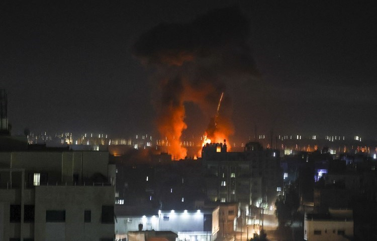 Hamas: The bombing of the occupation is a failed attempt to stop the solidarity of the Palestinian people.