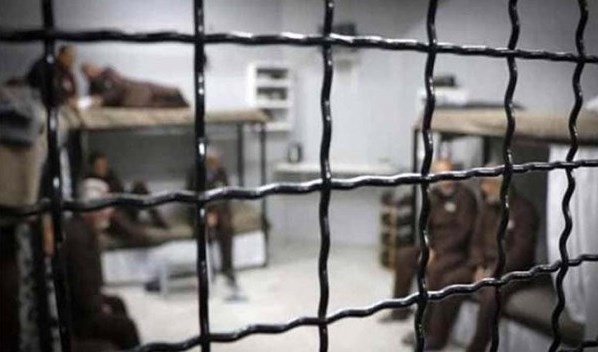 Palestinian prisoners refuse administrative detention and continue their hunger strike