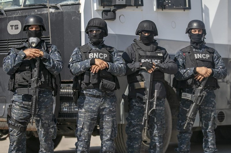 Tunisian police officers in Tunis, Tunisia on March 28, 2020 | Anadolu Agency