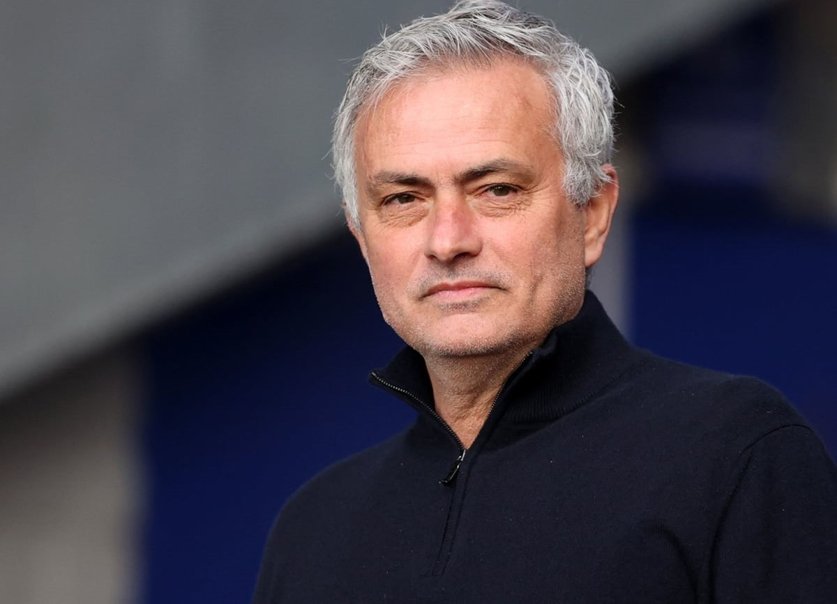 Portuguese coach Jose Mourinho was able to win his 1000th managed match in his career.