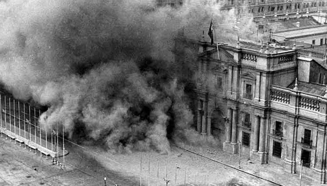 La Moneda attacked by Pinochet's army